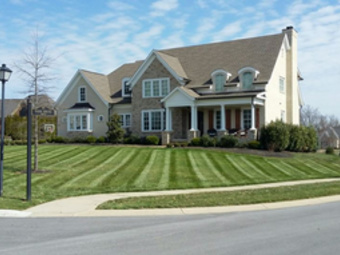 Order Lawn Care in Louisville, KY, 47130
