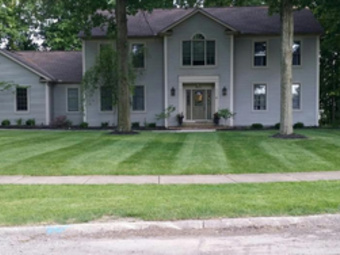 Order Lawn Care in Lakewood, OH, 44107