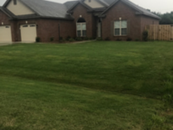 Order Lawn Care in Deatsville, AL, 36022