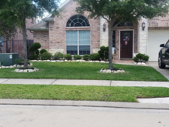 Order Lawn Care in Houston , TX, 77084