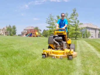 Order Lawn Care in Kansas City, KS, 66104