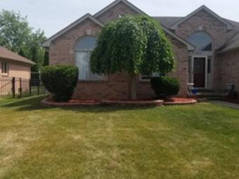 Order Lawn Care in Macomb, MI, 48044