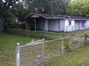 Order Lawn Care in Tampa, FL, 33612