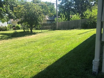 Order Lawn Care in Blue Springs, MO, 64015