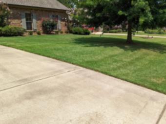 Order Lawn Care in Bentonia, MS, 39040