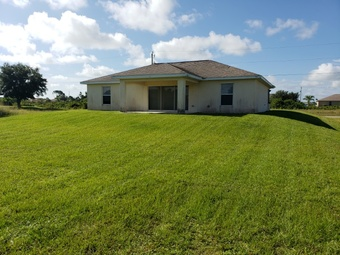 Order Lawn Care in Fort Myers, FL, 33905