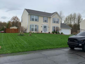 Order Lawn Care in Liverpool, NY, 13088