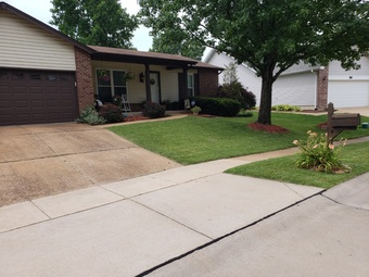 Order Lawn Care in St. Louis, MO, 63125