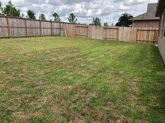 Order Lawn Care in Dayton, TX, 77535