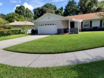 Order Lawn Care in Sanford, FL, 32771
