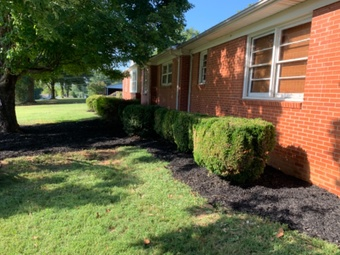 Order Lawn Care in Bessemer City, NC, 28016