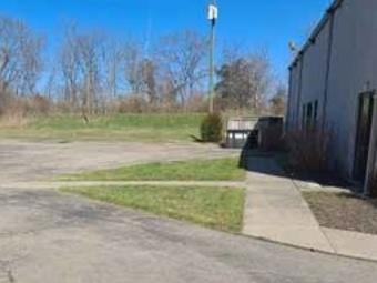 Order Lawn Care in Cincinnati, OH, 45224