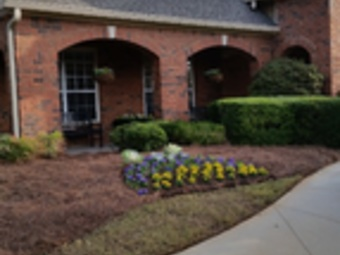 Order Lawn Care in Cumming, GA, 30041