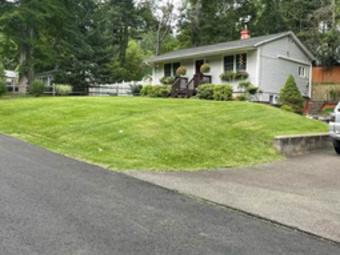 Order Lawn Care in Bristol, CT, 06010