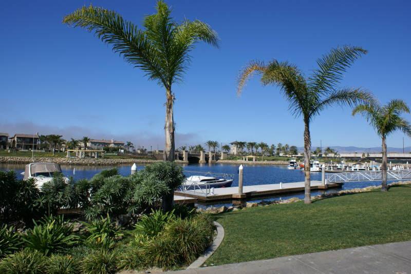 local-lawn-maintenance-contractors-in-Oxnard-CA