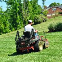 lawn-maintenance-in-Glenside-PA