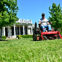local-lawn-and-landscape-maintenance-services-near-me-in-Carlsbad-CA