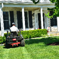 local-lawn-maintenance-contractors-in-Layton-UT