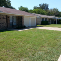 lawn-care-services-in-Pflugerville-TX