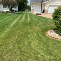 local-lawn-cutting-services-in-Brookfield-WI