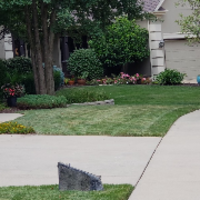 lawn-maintenance-in-Wheaton-IL