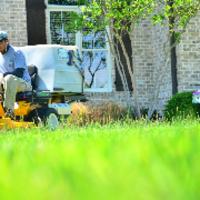 affordable-lawn-services-in-Sarasota-FL
