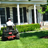 local-lawn-and-landscape-maintenance-services-near-me-in-DeLand-Florida