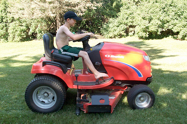 Children and lawn mowers do not mix