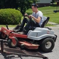 Local Lawn care service near me in Clarksville, TN, 37042