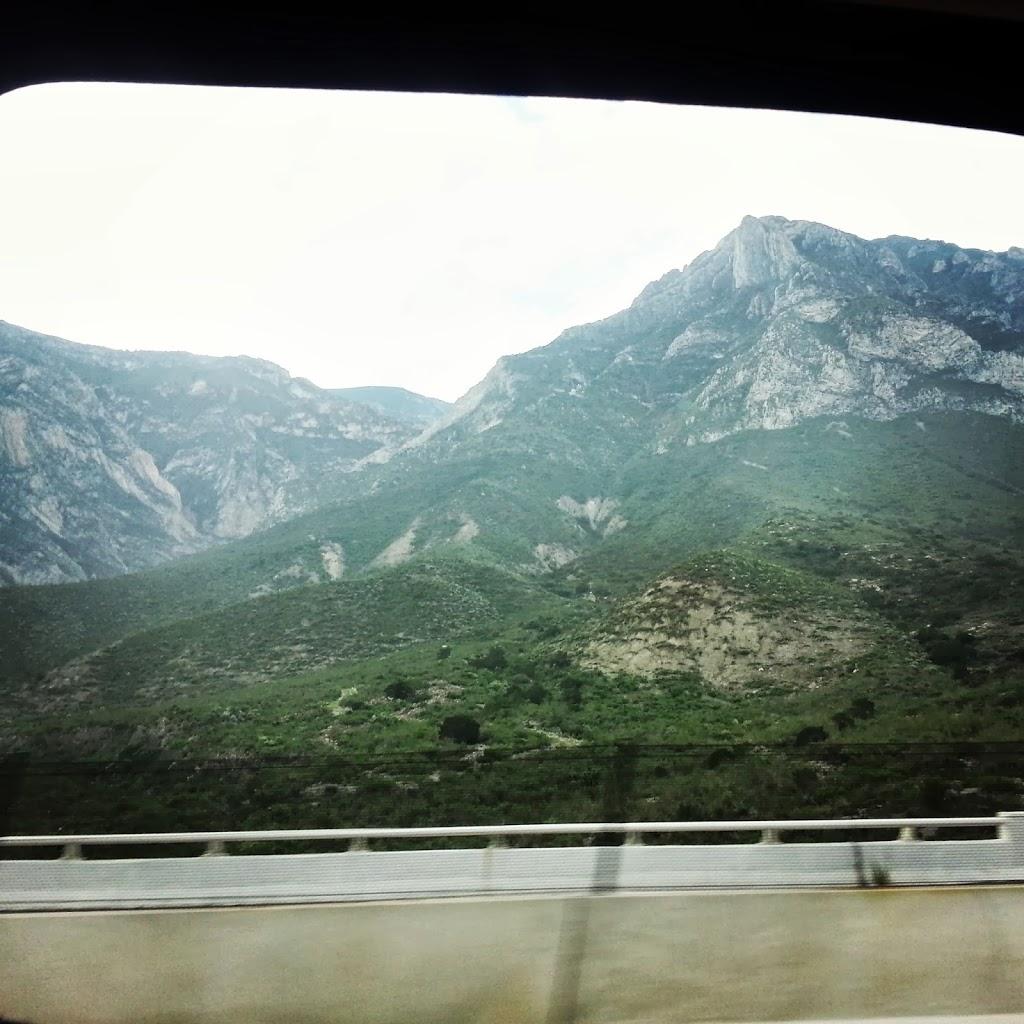 mountain-range-in-mexico
