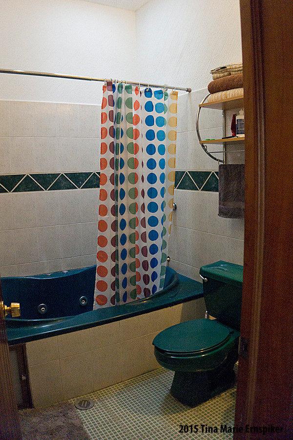master-bath-in-mexico