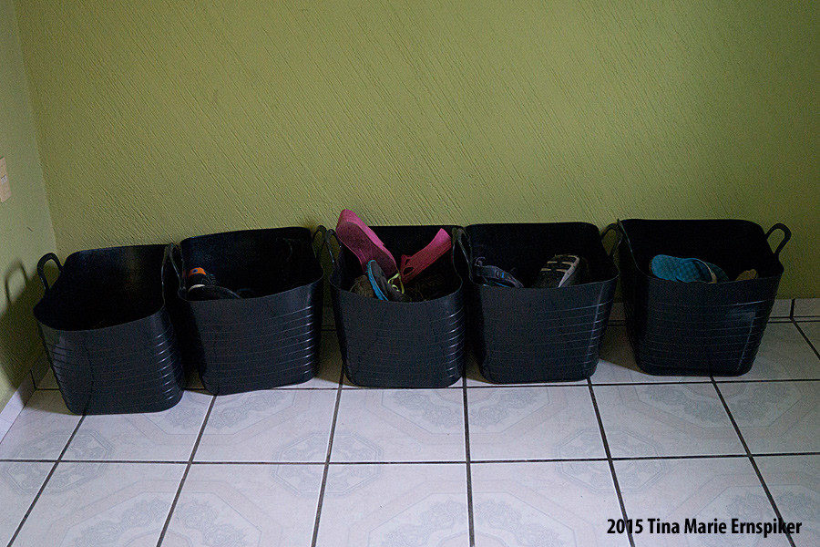 organizing-shoes-in-large-family