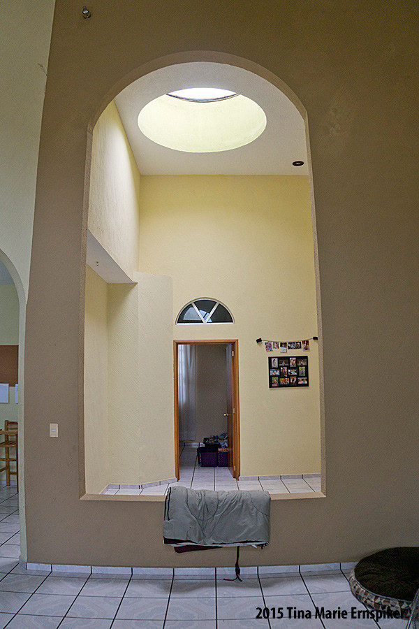 skylight-and-arch-in-mexico-home