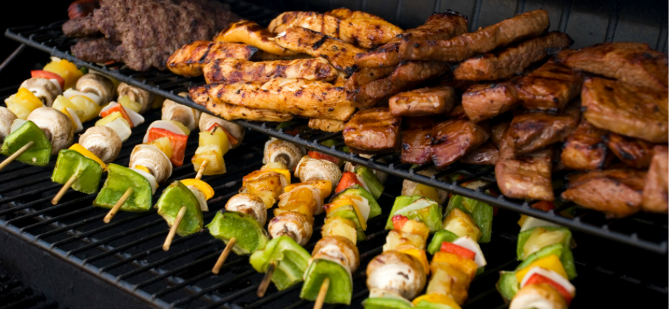 How to throw the perfect summer bbq grokker for What to serve at a bbq birthday party