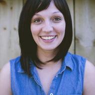 Amanda Oliver headshot