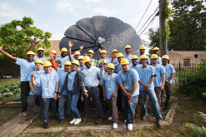 A Groundswell Mohawk Collaboration Brings Smartflower Solar Opportunities to 10 Communities