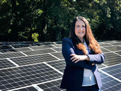 Dear Solar Industry: Celebrate Women's History Month with Equal Pay