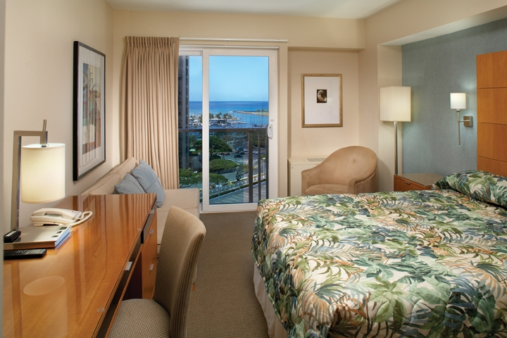 Kona Tower Guest Room