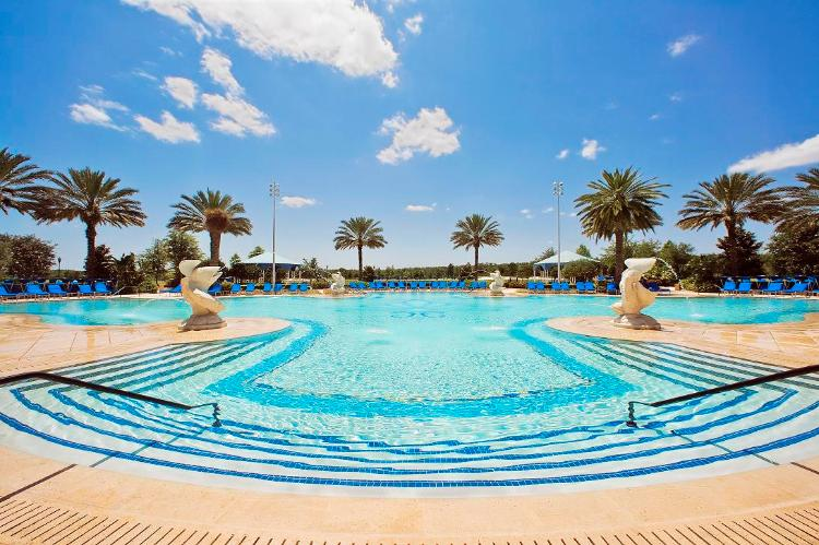 The Ritz-Carlton Infinity Pool