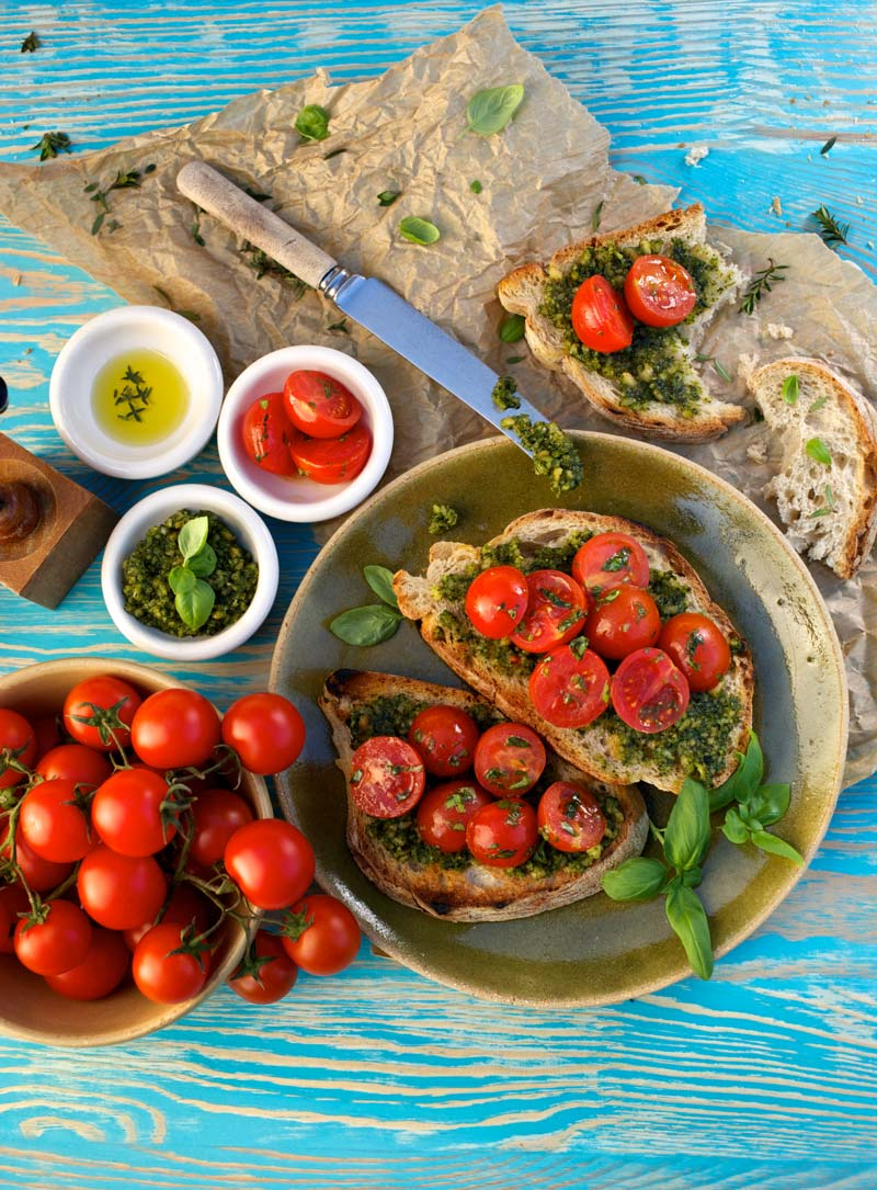 Tomatoes, basil pesto and crunch ciabatta bread. Yummy!
