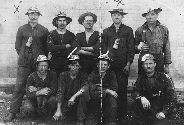 1884 (Option 2) - Miners, Old Chisholm Mine