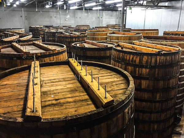 26. Foeder from above