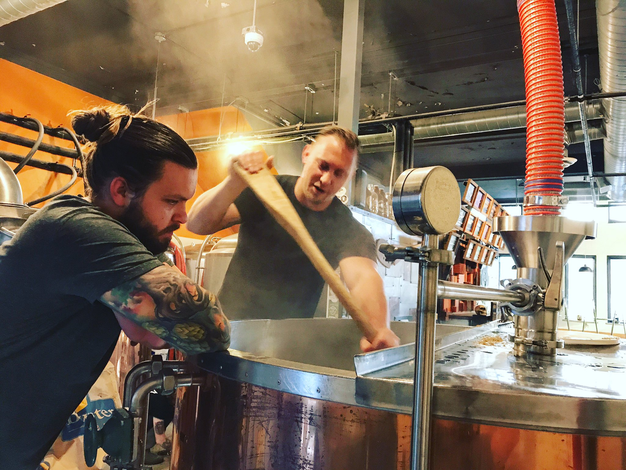 Brew day for the Dangerous Man Brewing and Travail collaboration beer // Photo via Dangerous Man Brewing's Twitter page