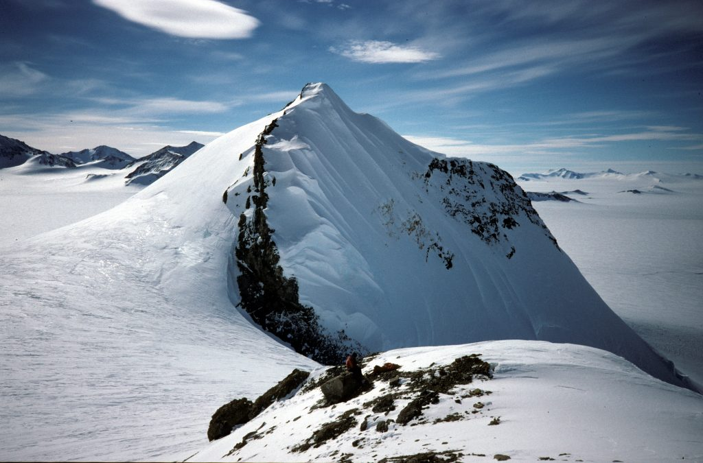 Mount Jackson in Antarctica // Photo by euphro, flickr, cc2.0
