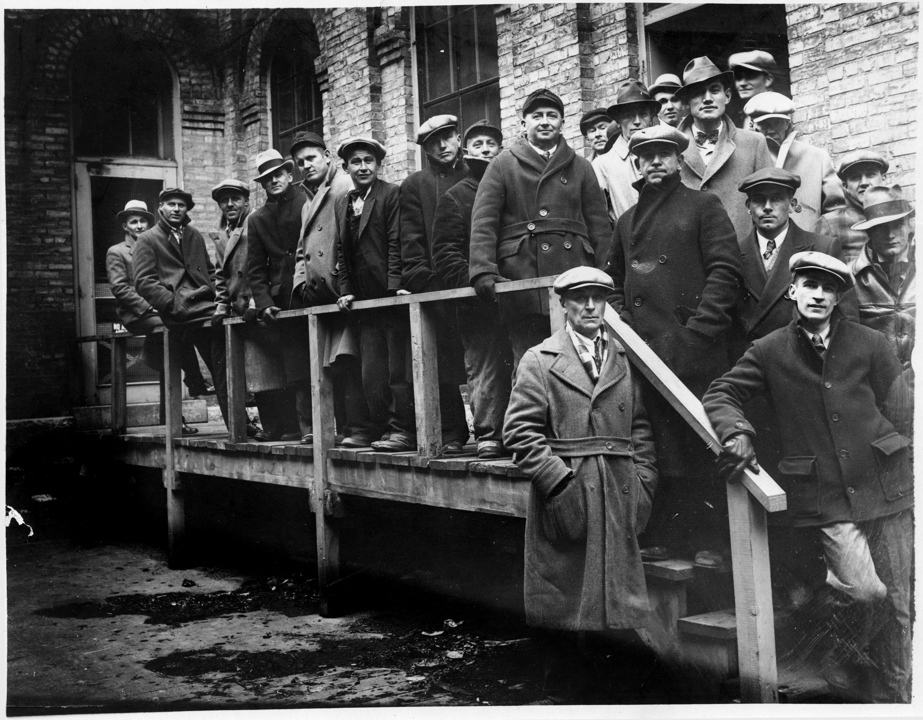 People waiting at Gluek's Brewery to buy cases of beer as soon as prohibition repeal is official, Minneapolis