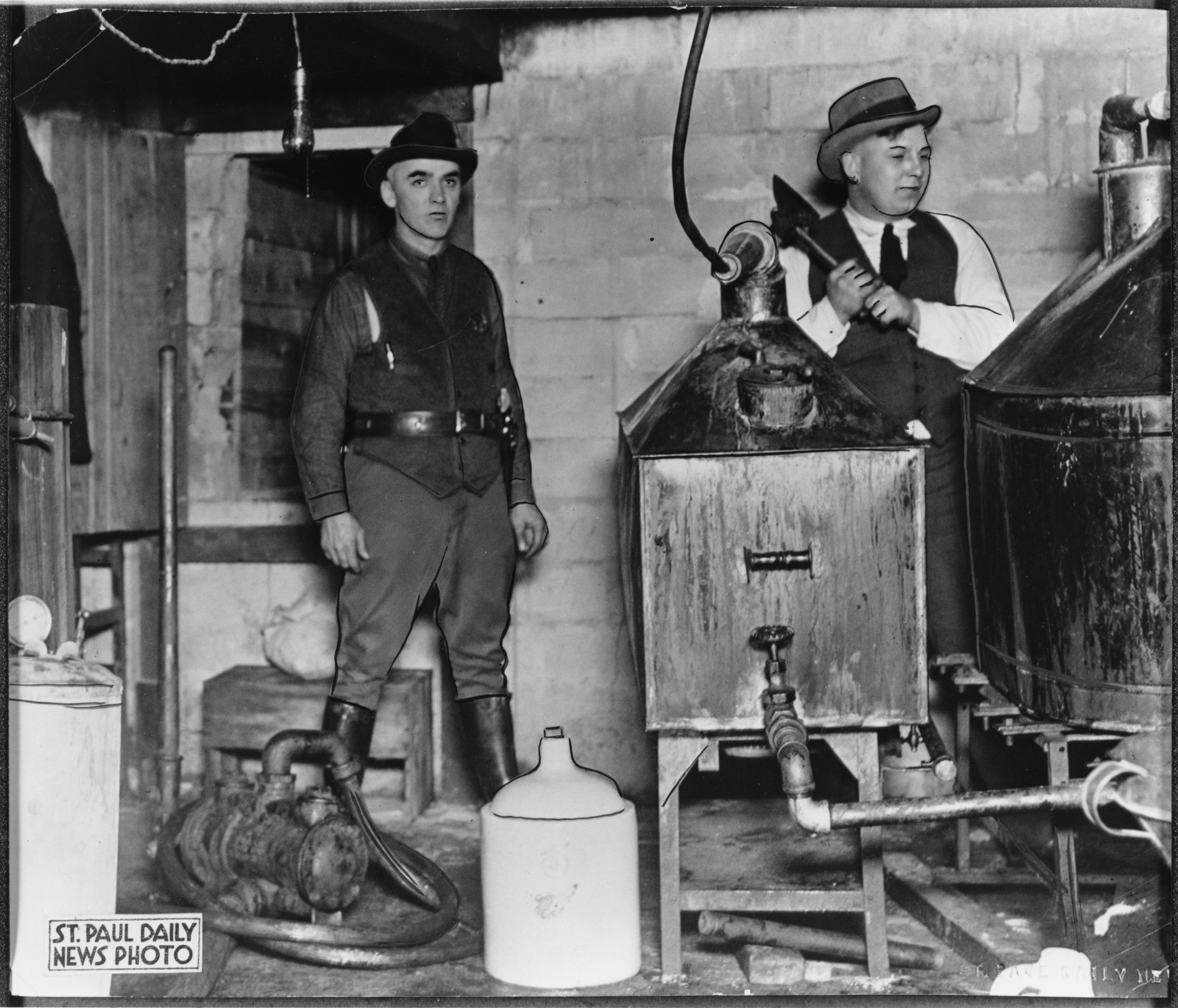 Prohibition raid, St. Paul.