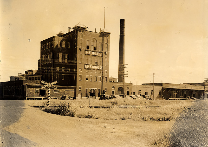People's Brewery building, 1933 // Photo courtesy of UMD Martin Library Archives