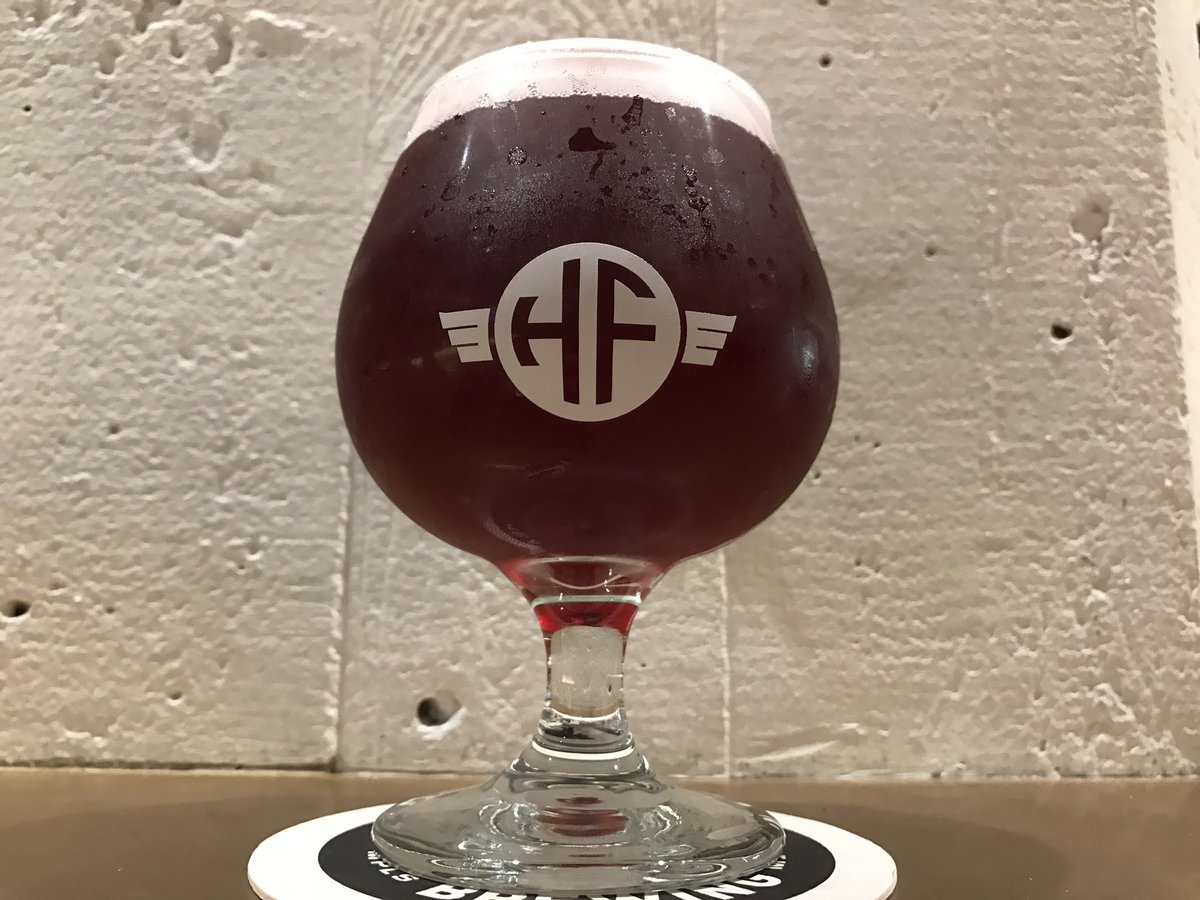 HeadFlyer Brewing's Blueberry Honey Wheat // Photo via HeadFlyer's Twitter