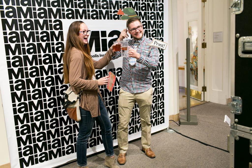 Mia Third Thursday: Artoberfest