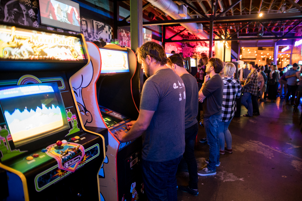 Bar arcades like Up-Down in Uptown Minneapolis draw all kinds of gamers and beer fans // Photo by Jordan Johnson